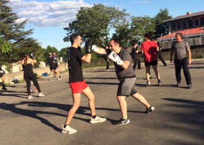 Entraînement salle de boxe savate